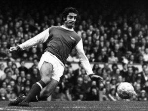 frank-mclintock-arsenal-football-player-1972