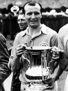 wally-barnes-football-player-of-arsenal-holding-trophy