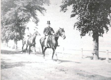 Ebebezer Cobb Morley No.10 001