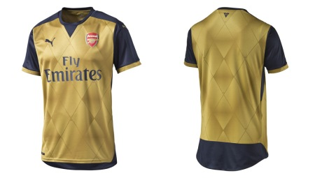 arsenal-away-15-16-img3